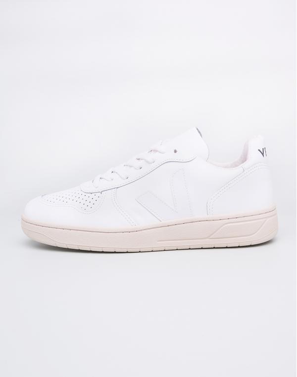 Veja V-10 Leather Extra White Pierre 37
