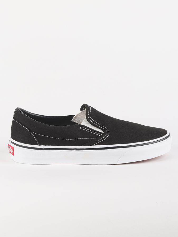 c7e259ea577 Boty Vans Ua Classic Slip-On Black Černá