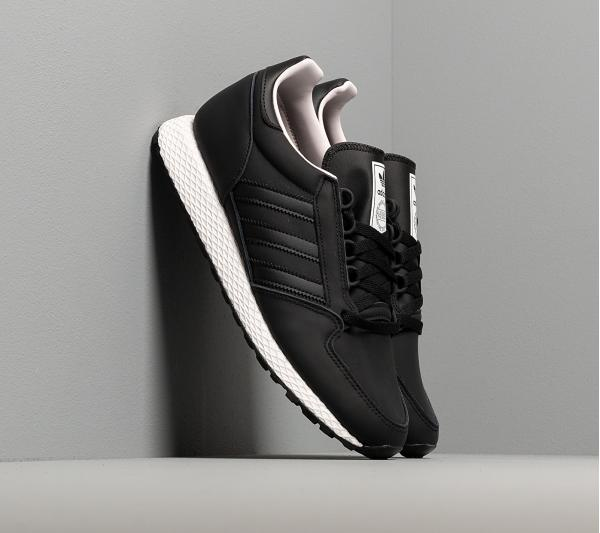 adidas Forest Grove Core Black/ Core Black/ Orchid Tint