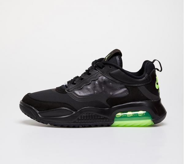 Jordan Max 200 Black/ Electric Green-Black