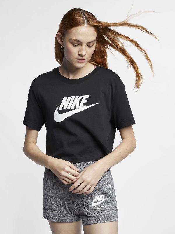 Sportswear Essential Triko Nike Černá
