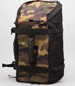 Urban Classics Traveller Backpack černý / camo zelený