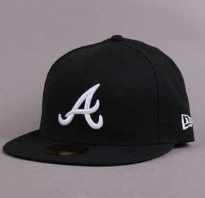 New Era 5950 MLB Basic A černá / bílá 7 5/8 (60.6 cm)