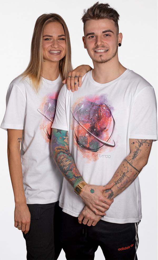 Tričko UrbanStory Fíla Tattoo Pomáháme Unisex