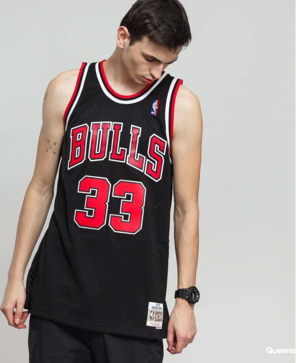 Mitchell & Ness Swingman NBA Scottie Pippen Jersey černý