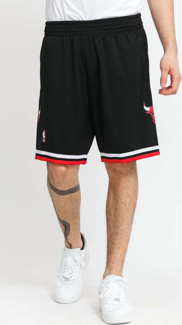 Mitchell & Ness Swingman Shorts Chicago Bulls černé