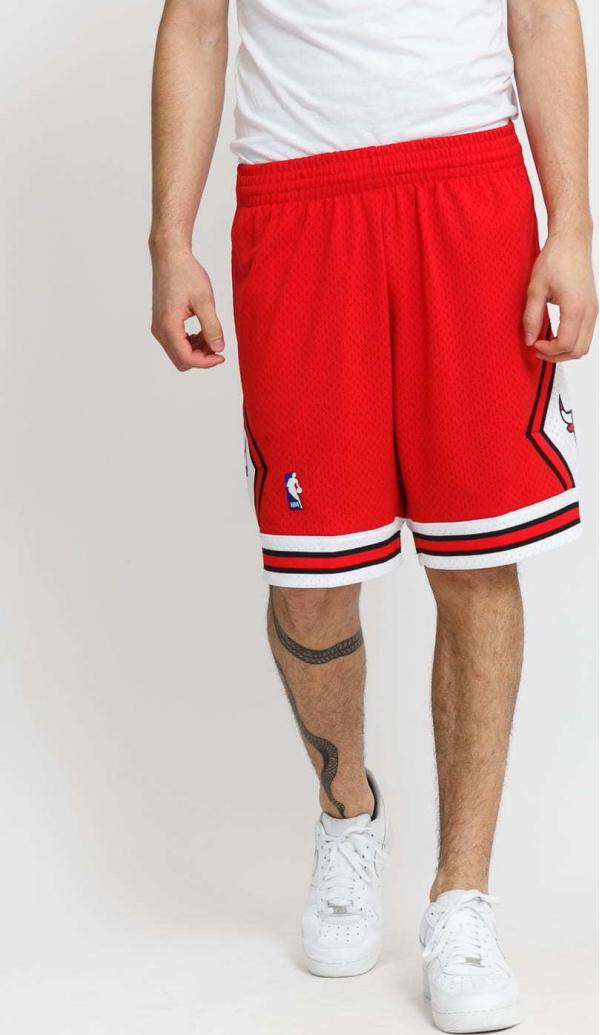 Mitchell & Ness Swingman Shorts Chicago Bulls červené
