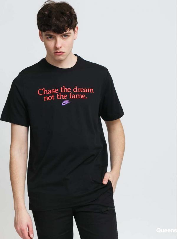 Nike M NSW Tee Chase Dreams černé