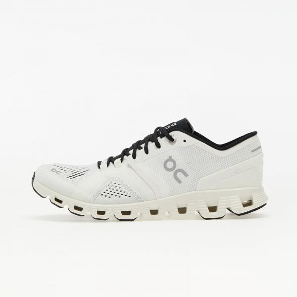 ON Running W Cloud X White/ Black