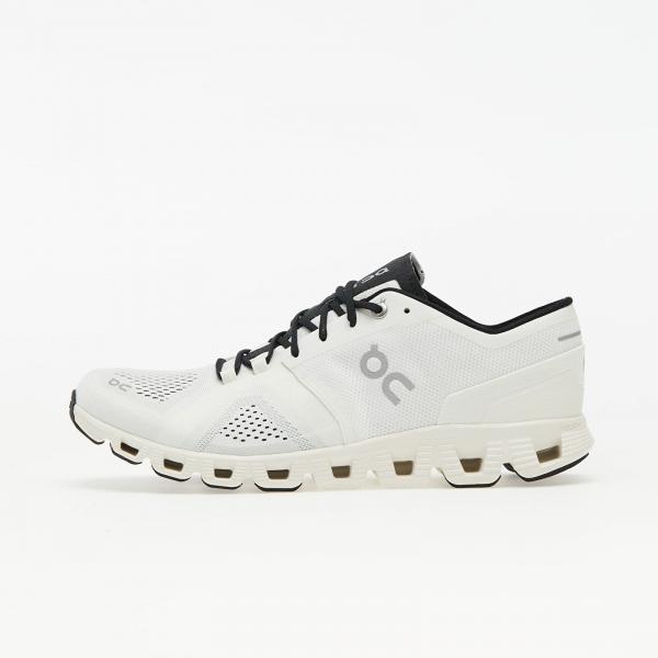ON Running Cloud X White/ Black