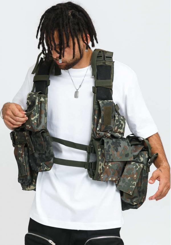 Urban Classics Tactical Vest camo zelená