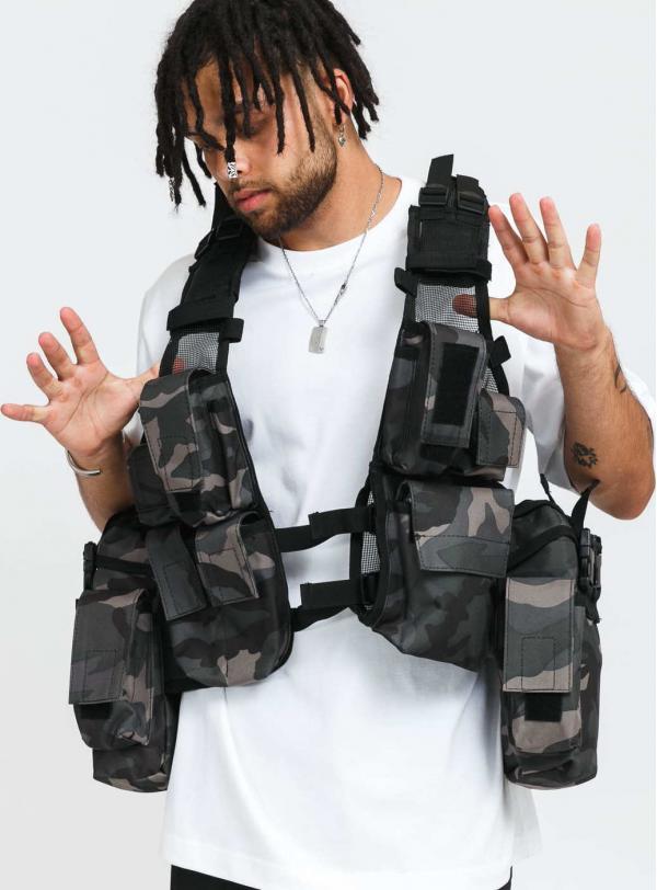 Urban Classics Tactical Vest camo šedá