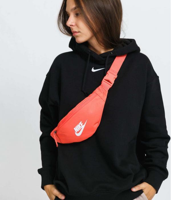Nike NK Heritage S Waistpack oranžová