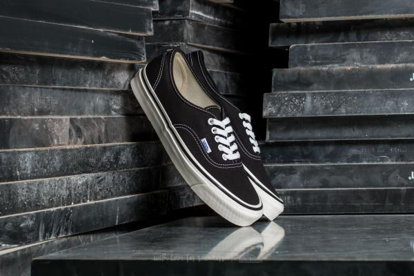 Vans Authentic 44 DX Black